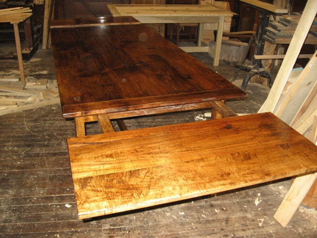 Harvest Table with End Leaves
