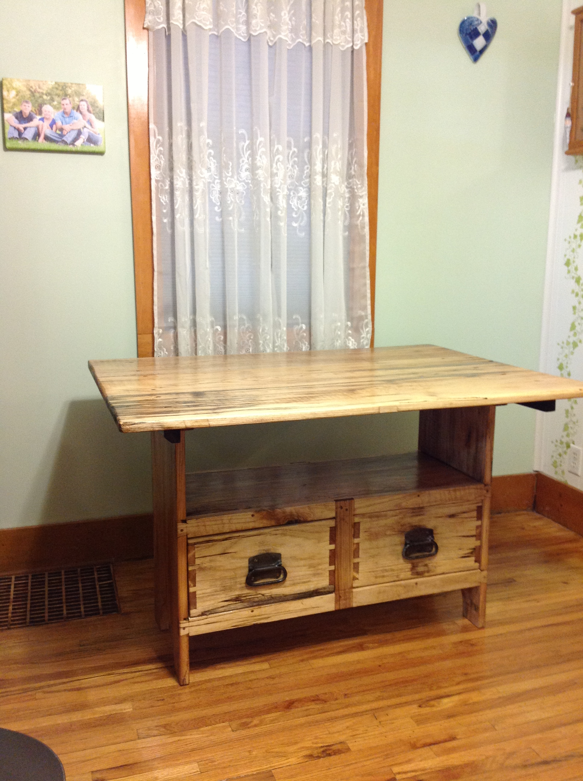 Settle Table (Hackberry)